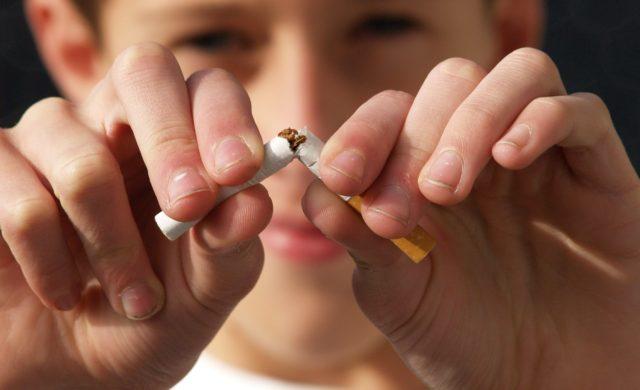 禁煙は超簡単 ニコレットでタバコを吸いながらラクして成功する方法